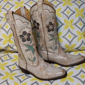 BED STU BOOTS GORGEOUSLY DISTRESSED SIZE 8.5